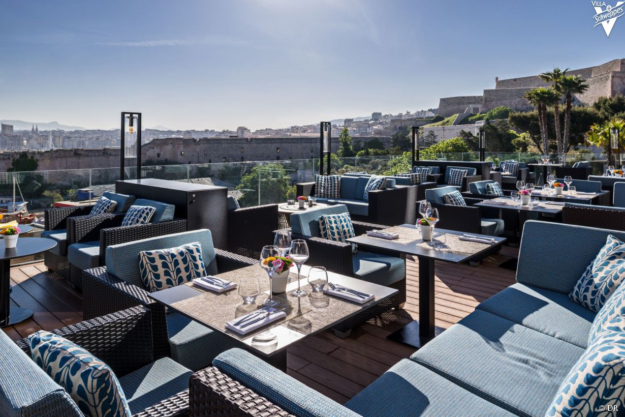 rooftops et terrasses marseille les plus beaux spots. Black Bedroom Furniture Sets. Home Design Ideas