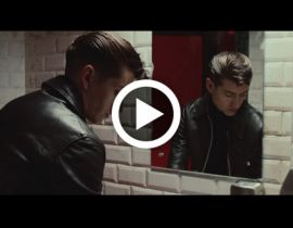 Why'd you only call me when you're high, nouvelle track d'Arctic Monkeys !