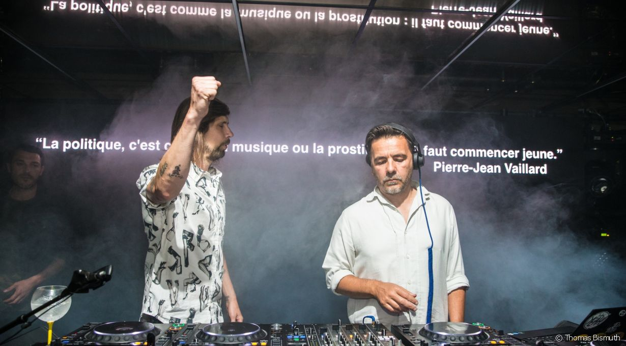 Villa Schweppes à Cannes le 26 mai 2017 - Photo 1 (Busy P et Laurent Garnier)