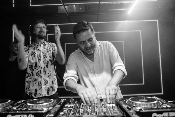 Busy P et Laurent Garnier à la Villa Schweppes à Cannes le 26 mai 2017 - Photo 2