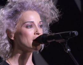 Le live de St. Vincent à la Fashion Week de New York