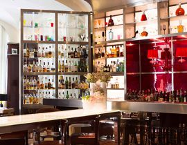 Le Bar Long du Royal Monceau : cocktails de luxe et tapas étoilés
