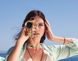 "Lana Del Rey dévoile ""High By The Beach"""