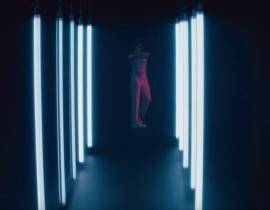 """Christine and the Queens : un clip pour """"No Harm Is Done"""""""