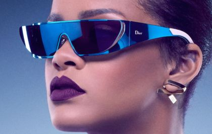 "Rihanna sort le single ""Sledgehammer"" écrit par Sia"