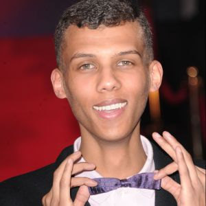 Stromae, fan de noeuds papillon