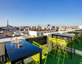 Le Lounge Bar View Rooftop : cocktails avec vue sur les toits de Paris