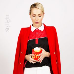 L'uniforme de McDonald's, revisité par Stylight.