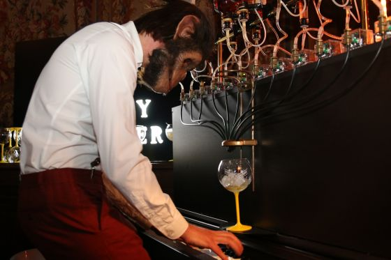 "Le ""piano-cocktail"" de la Villa Schweppes 2018 à Paris"