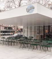 Le motel, le bar parisien friendly