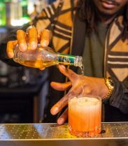 Mr.T : dirty food et cocktails au mezcal sur fond de hip-hop