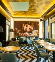 Le Bar Long du Royal Monceau Raffles Paris - Villa Schweppes